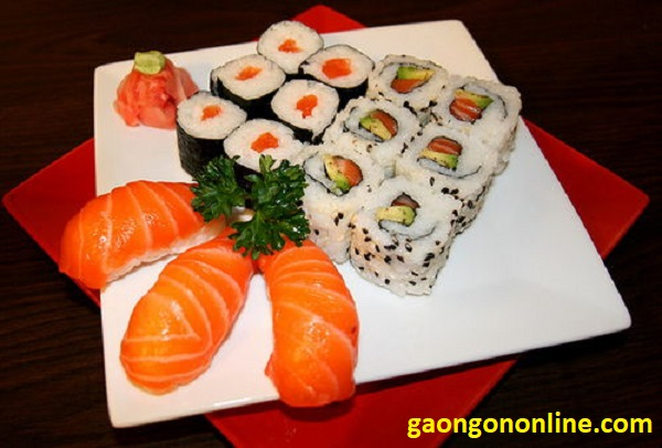 cach lam sushi trung