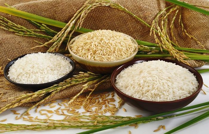 Gạo từ thiện đóng túi